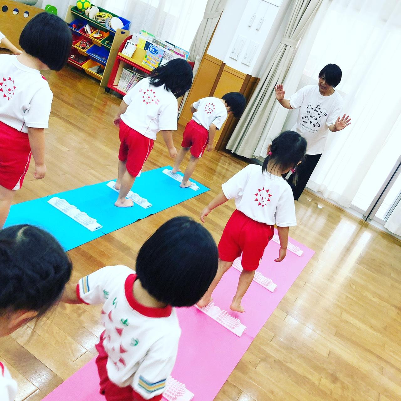 子どもたちと足裏健康教室