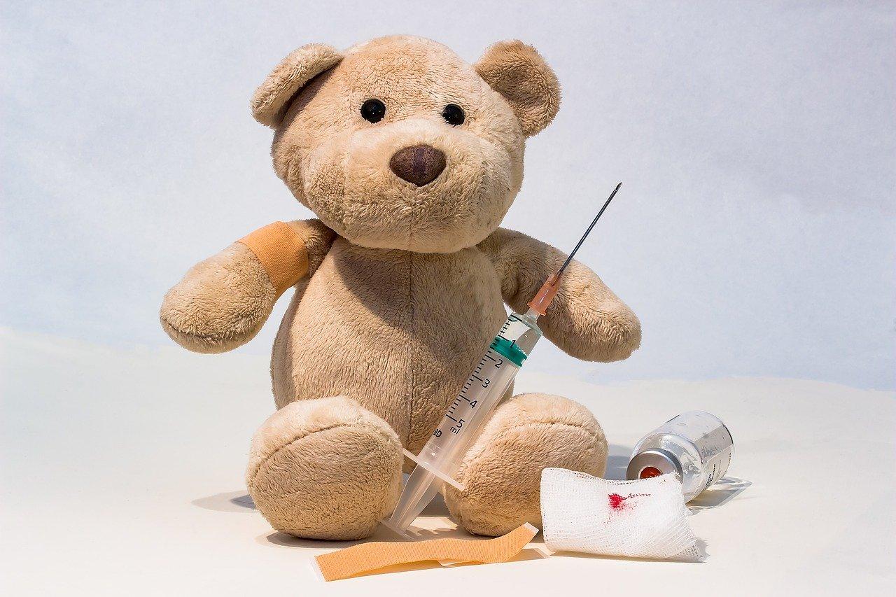 クマと注射器