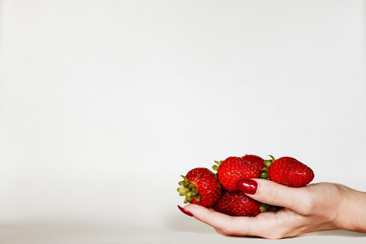 イチゴ 赤