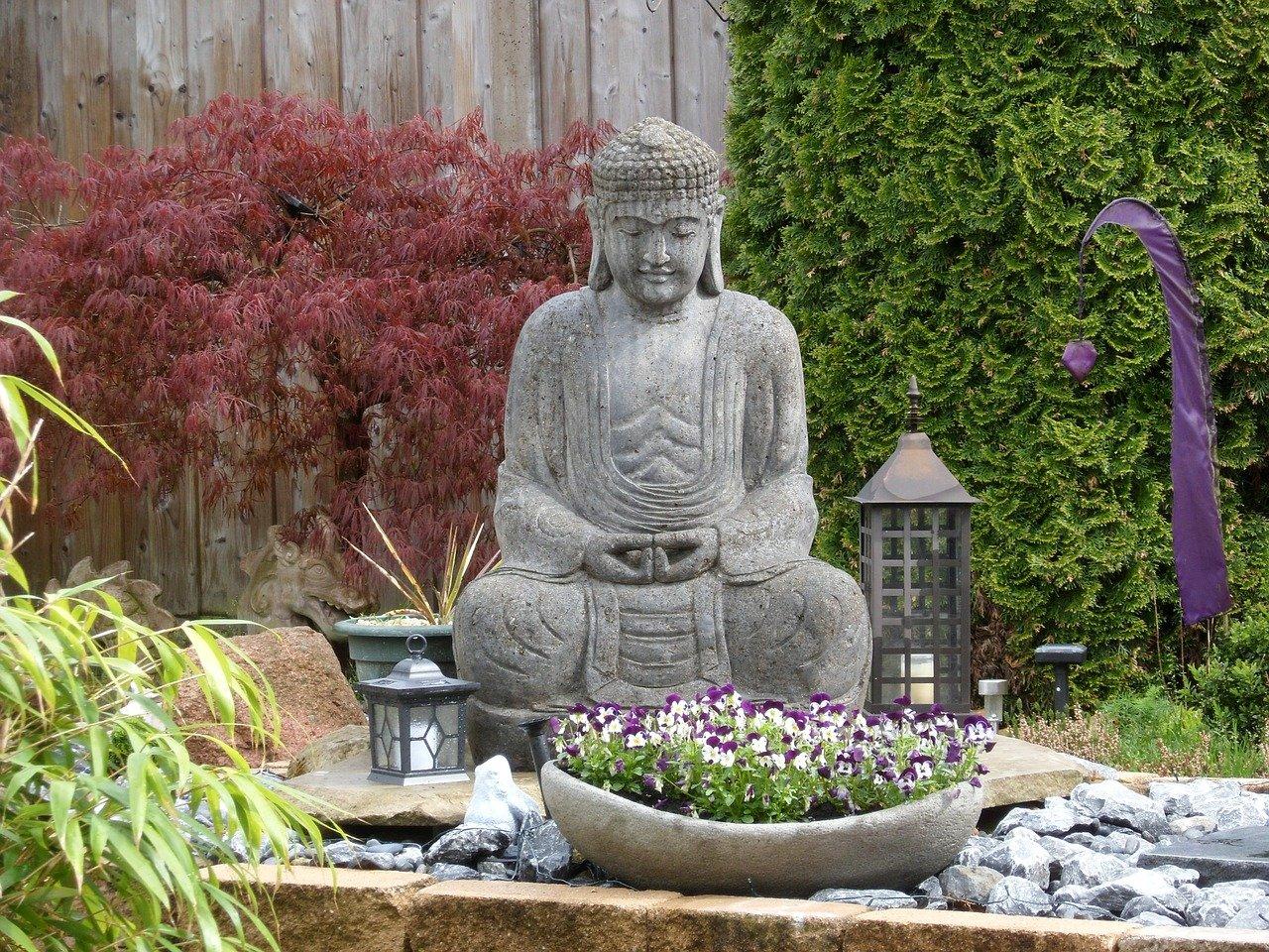 ブッダ 瞑想 仏像