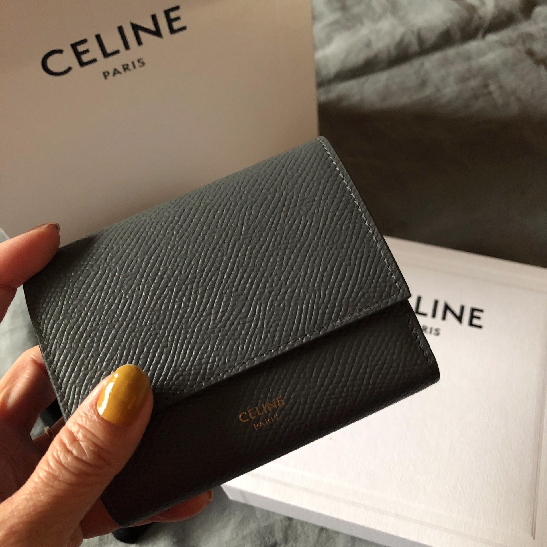 セリーヌ お財布